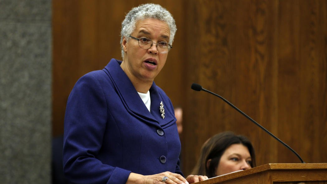Preckwinkle wants more nonviolent defendants released from jail