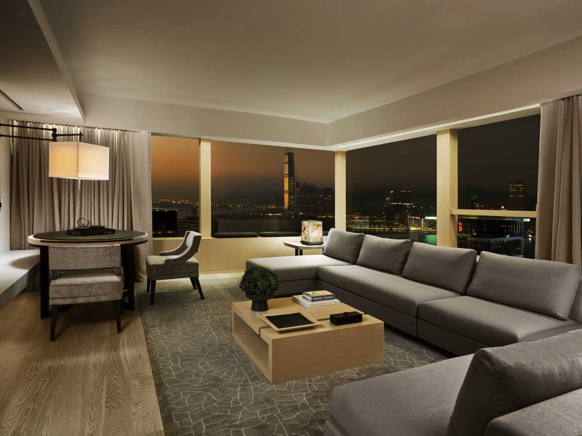"""Feeling honoured to be ranked #6 in """"Top Hotels in China: @cntraveler Readers' Choice #Awards 2016""""  #UpperHouse #HongKong #SwireHotels https://t.co/hRJCgxYDsl"""