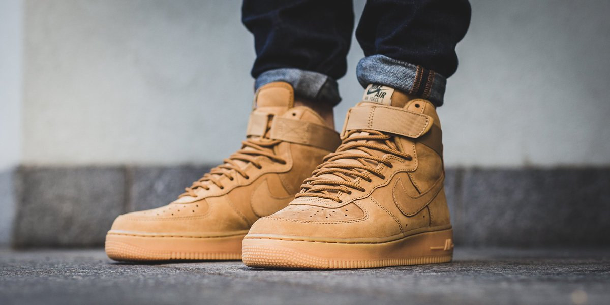 quality design 55725 69c00 ... Wheat Flax Gum Brown 882096-200 Men ... titolo on twitter 🔸 release 🔸  nike air force 1 high 07 lv8 ...