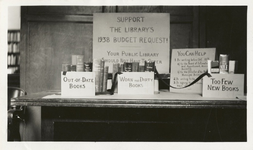 CFP: Radical Collections: Radicalism & Libraries & Archives @SenateHouseLib Deadline Nov 21st 2016 bit.ly/2btXkZE
