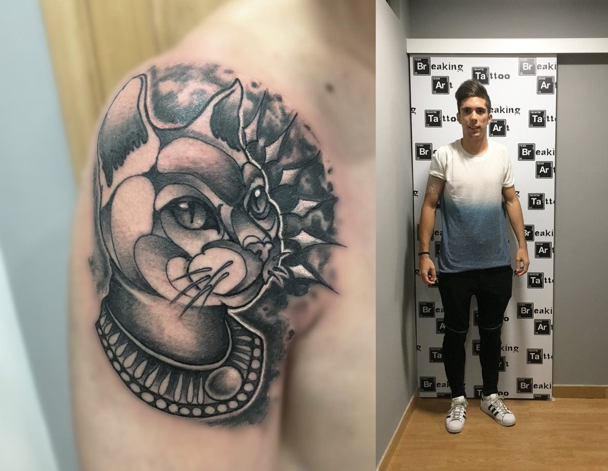 Breaking Art Tattoo On Twitter Gato En Neotradicional En Blanco