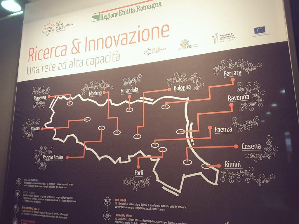 Tantissime le idee presenti qui a @smaunotes Milano. Fra poco anche le nostre eccellenze della #FoodInnovation saranno sul palco! https://t.co/dZFJTi1xb6