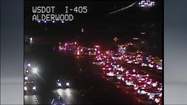 all lanes blocked 405/I-5 at alderwood k5traffic
