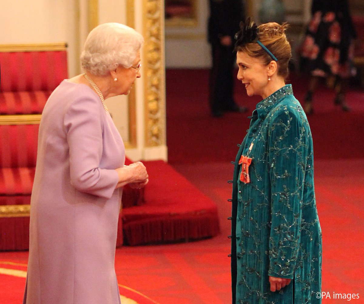 Queen Elizabeth II & Emma Samms (ex-Holly)
