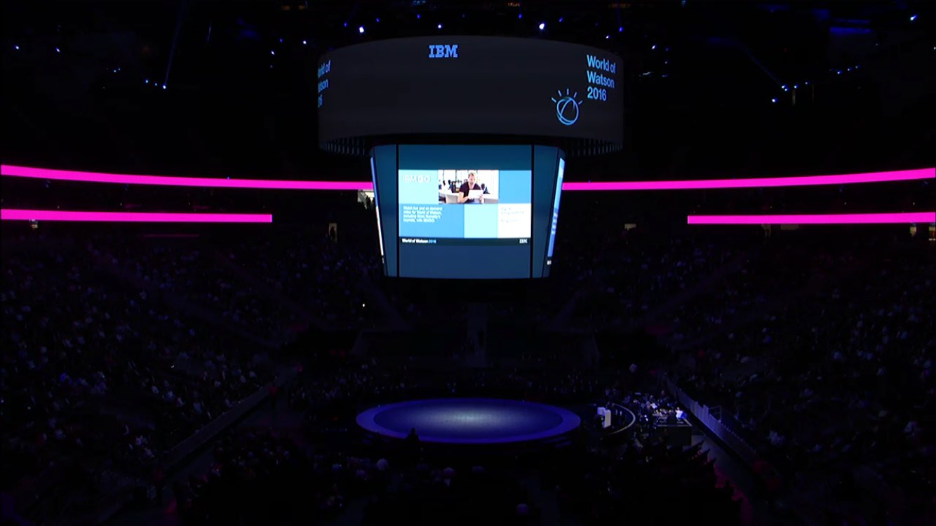 Keynote from Tom Friedman. Let the Show Begin. #ibmwow #internetofthings #IoT https://t.co/QFuzgvcECO