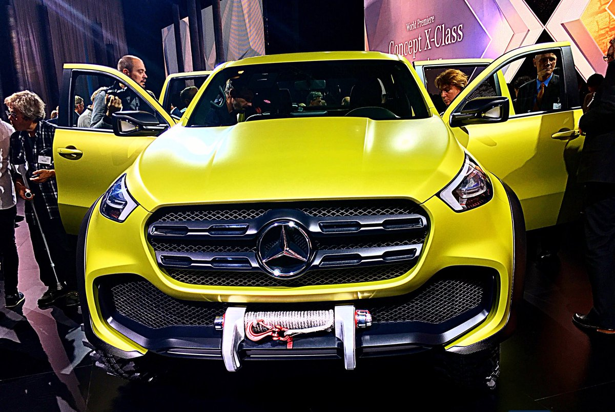 The market launch of the Mercedes-Benz X-Class is late 2017. #MBPickup https://t.co/HAQAiq9A6I