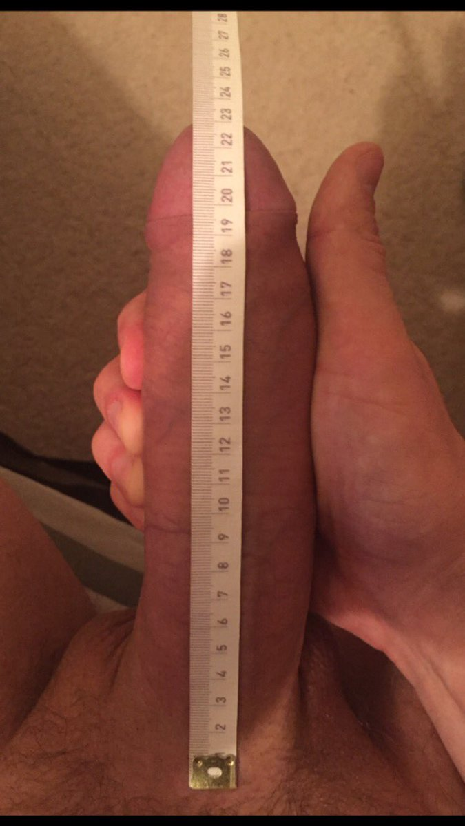 cocks-next-to-ruler-pics