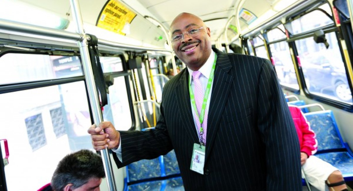 Frank Oglesby Jr., the 'Voice of the MBTA,' is taking his talents to public radio.