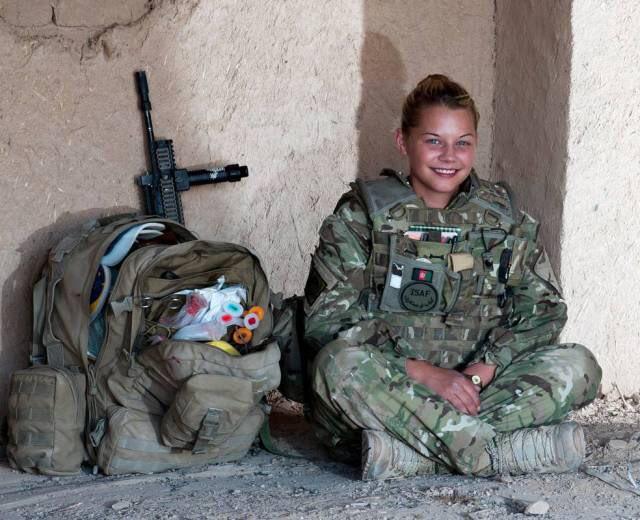 """Британия в 2017 году направит в Эстонию 800 военных и бронетехнику: """"Это уже не просто натягивание проволоки, это серьезное военное присутствие"""" - Цензор.НЕТ 8753"""