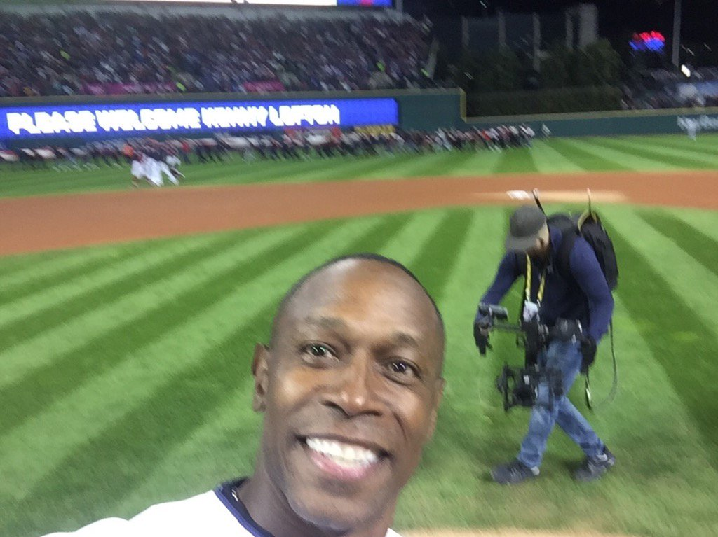 My selfie during the first pitch of the 2016 World Series Cubs-Indians  #rallytogether https://t.co/W1r2sytHoJ