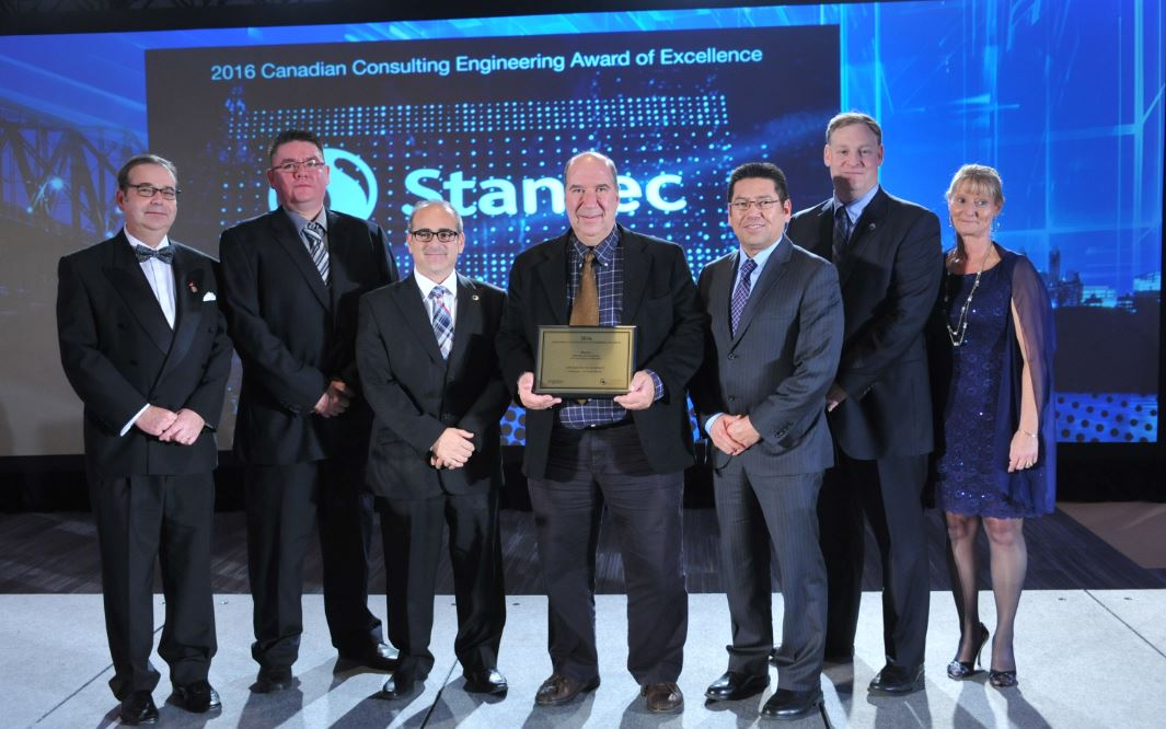 Congrats @Stantec! Firm wins Award of Excellence for the Mistissini Wooden #Bridge project! #Transportation category #CCEawards https://t.co/bqQ1FsER5H