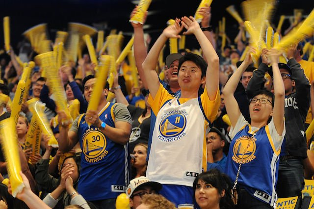 Warriors season kicks off tonight with home game against Spurs.
