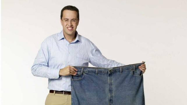 Jared Fogle's ex-wife sues @Subway, says it knew of problems with then-spokesman. https://t.co/aXRjcOGMXT https://t.co/fIWl4qYyps