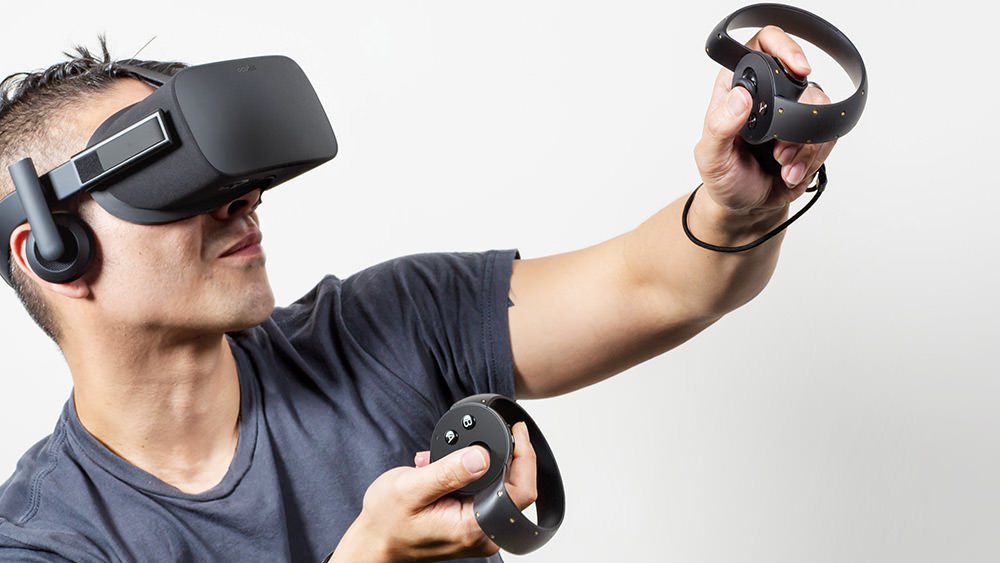 Oculus Rift user gets so into his alternate reality, he faceplants in the real one https://t.co/zD532C4WGh