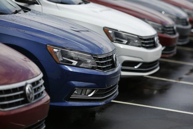 .@VW buybacks begin after judge approves $14.7B settlement in emissions scandal https://t.co/axTFhU41KX https://t.co/c42zMnZN03