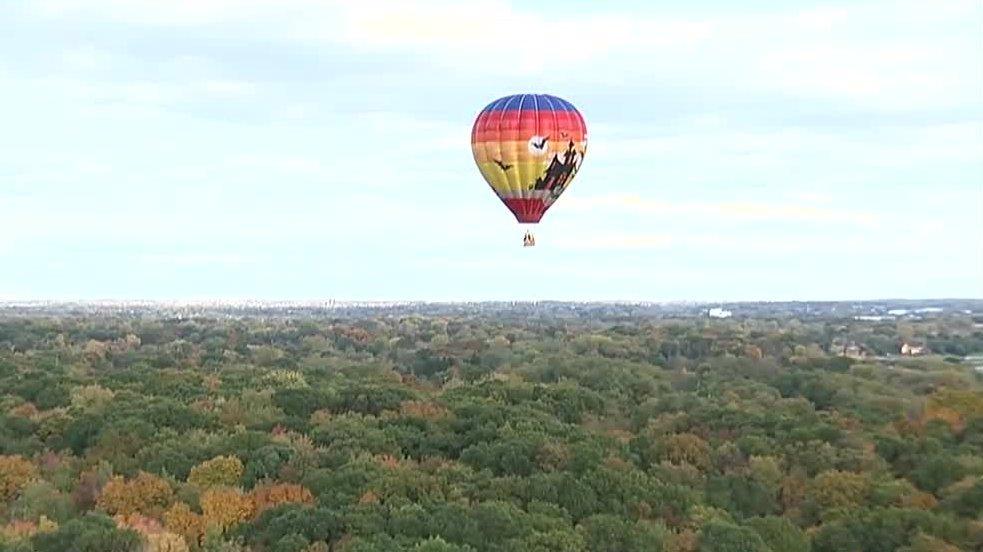 Taylor teen battling cancer takes special hot air balloon ride