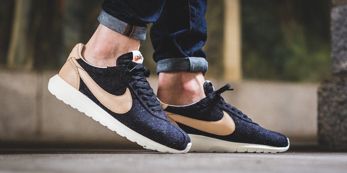 size 40 c5545 5a41d NEW IN! Nike Roshe LD-1000 - Black Vachetta Tan-Sail-Safety Orange SHOP  HERE  http   bit.ly 2eCL9Il pic.twitter.com xUJs97ZHH3