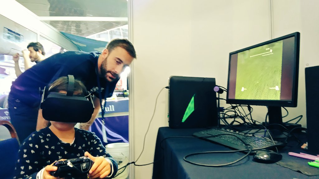 """it feels like I'm really there"", showing off VR for old and young #isurvivedtheflashflood at #nercintotheblue. https://t.co/dxVBYh4fNE"