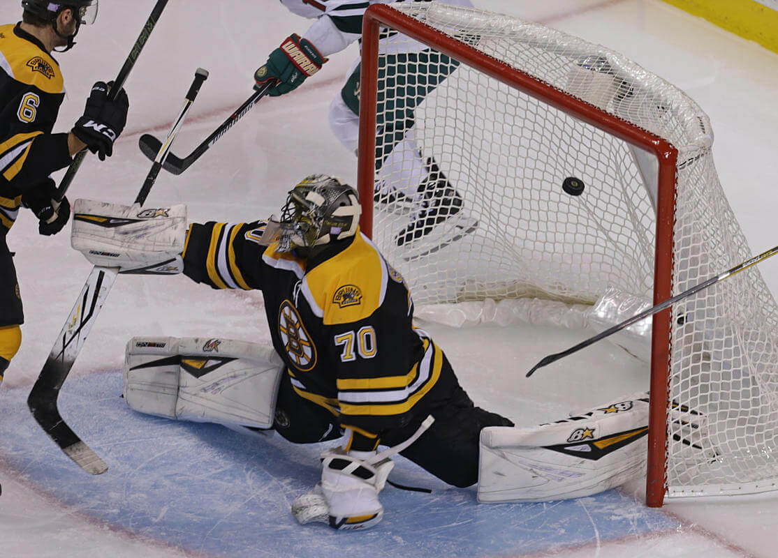 Bruins shut out in net loss to Wild