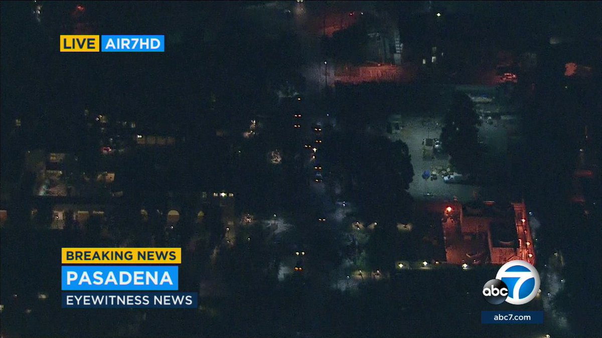 After car chase, police now searching for suspect on foot at Caltech campus in Pasadena
