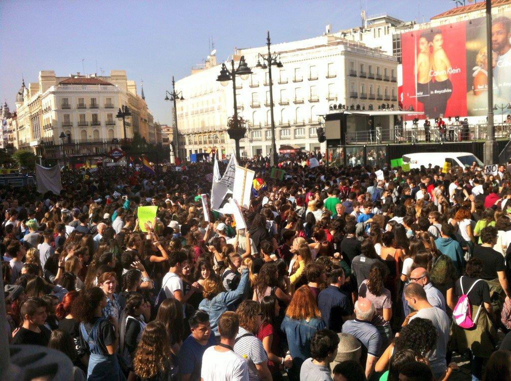 Planeta eskoria planetaeskoria madrid latest news for Puerta del sol en directo ahora