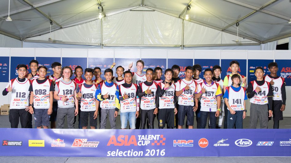 17 riders through to 2017 Asia Talent Cup after selection event https://t.co/wa2YjxbxDy #asiatalentcup https://t.co/ysQ2IAaL6E