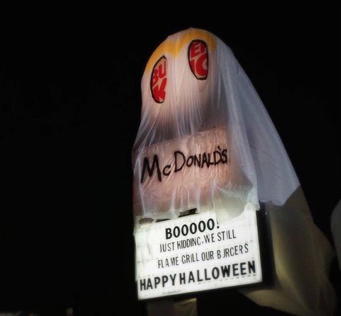 Burger King brilliantly mocks McDonald's for Halloween