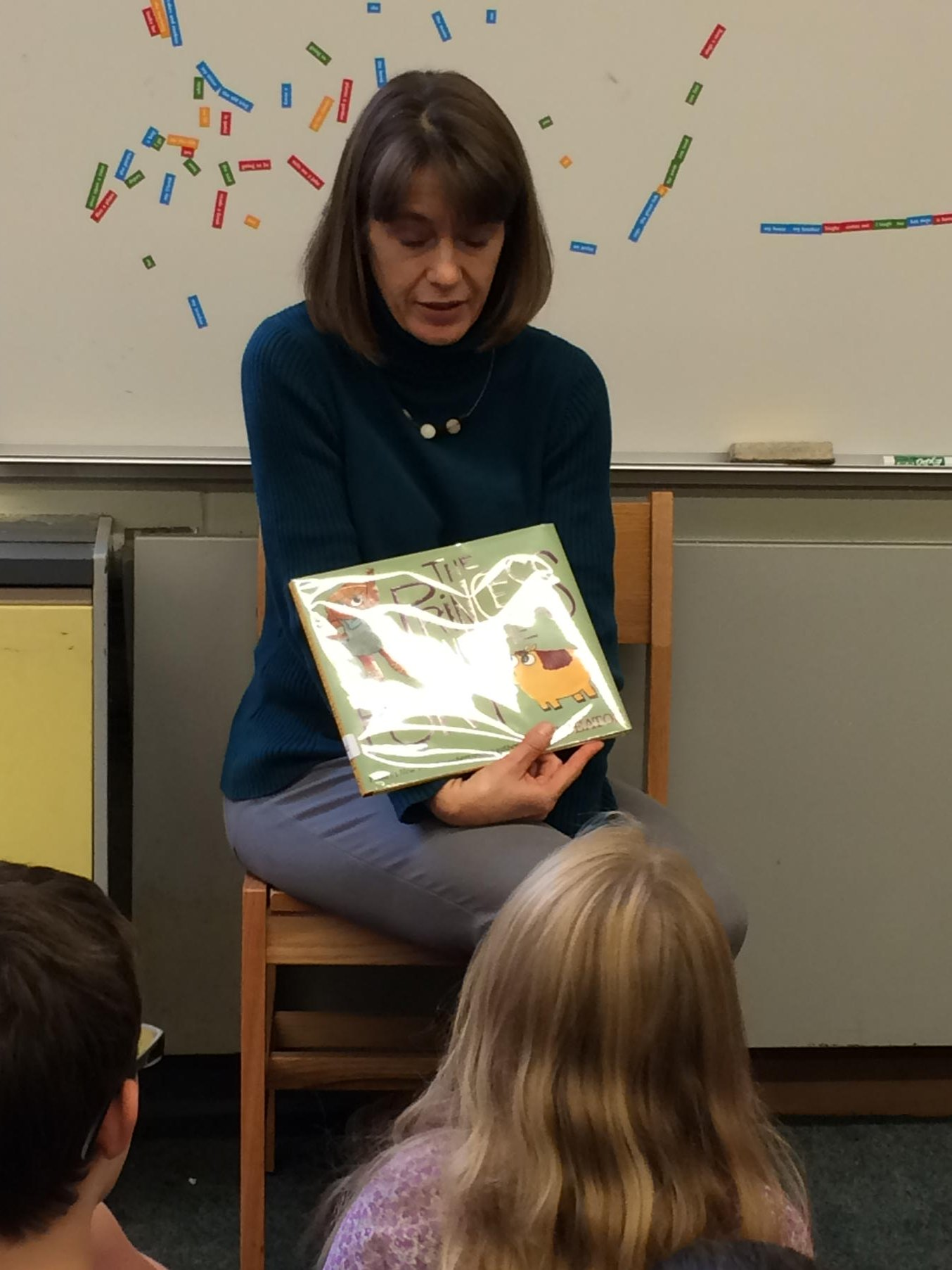 Library read aloud is our favorite time of week! The Princess and the Pony #wsdvt @wsdvt https://t.co/ieUT53Xi3W