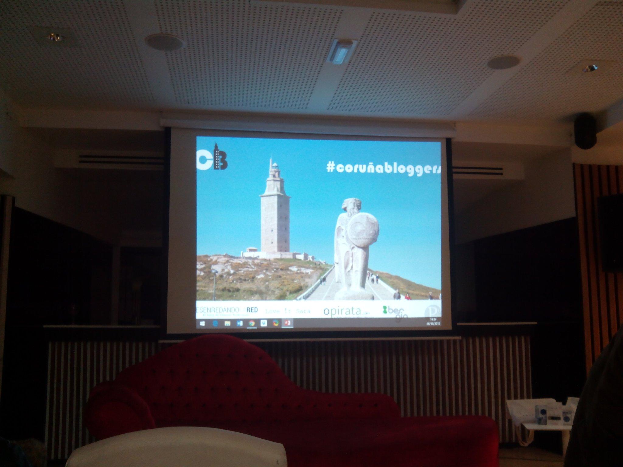No me puedo creer que haya pasado un mes! Ya estamos en la cuarta edición del #CoruñaBloggers en el @BerginAfterWk https://t.co/wJBY2uQPLW