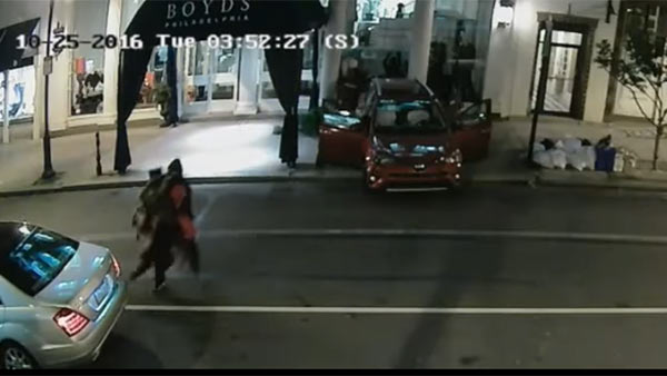 Smash and grab at Boyds in Center City