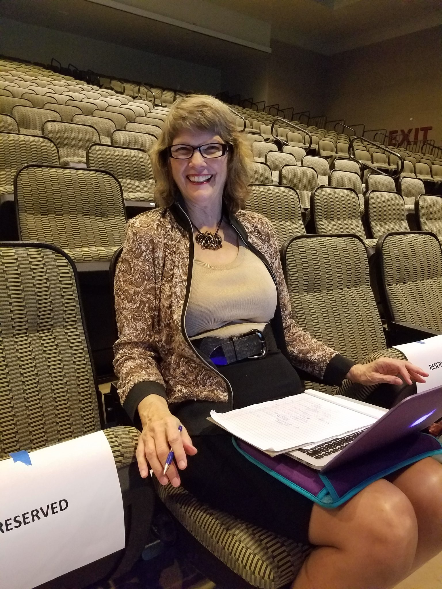 The opening session is about to start! We are live tweeting for @CathySeeley .#NCTMregionals #presignite https://t.co/DkL4sbqwuk
