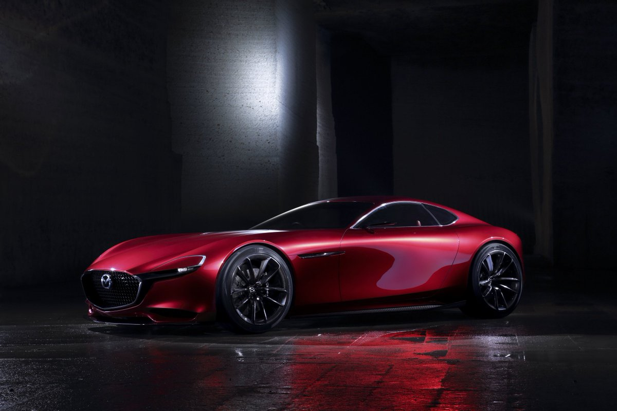 """Mazda's @Russell_Wager says this concept car """"best represents where we are heading"""". #jdpoweramr https://t.co/uuNlHkq8n6"""