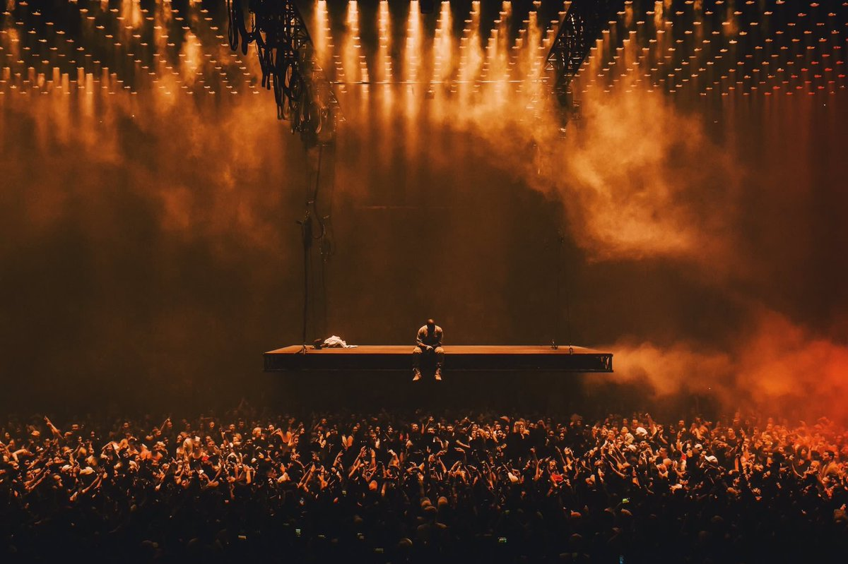 YEEZISM On Twitter Saint Pablo Tour Visuals