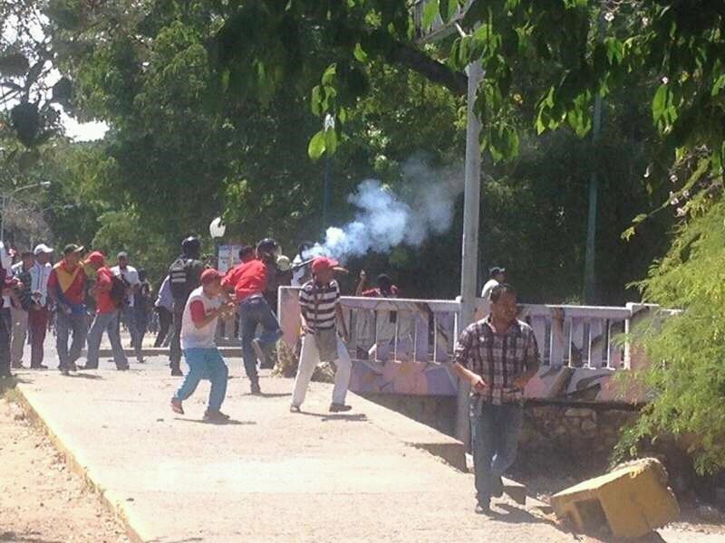Gobierno de Nicolas Maduro. - Página 19 CvuA7gmUAAEhWyh