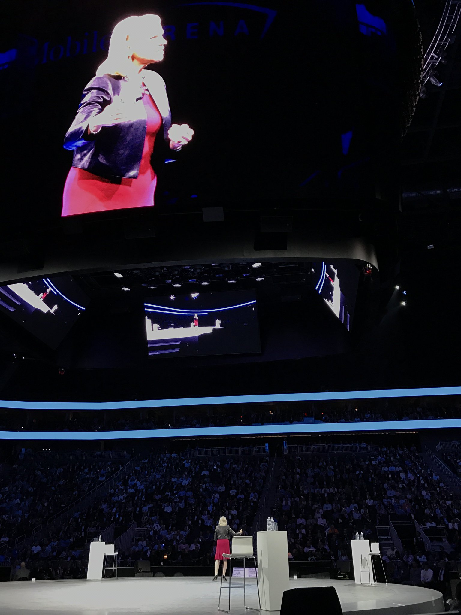 """""""The market for better decisions is $2T (with a T!) business by 2025. And this is a world with Watson.""""  IBM CEO Ginni Rometty #ibmwow https://t.co/geGHfbLsEF"""