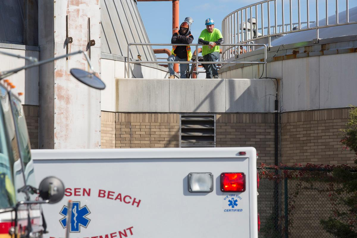 Plant worker dies after falling into a Brooklyn wastewater tank