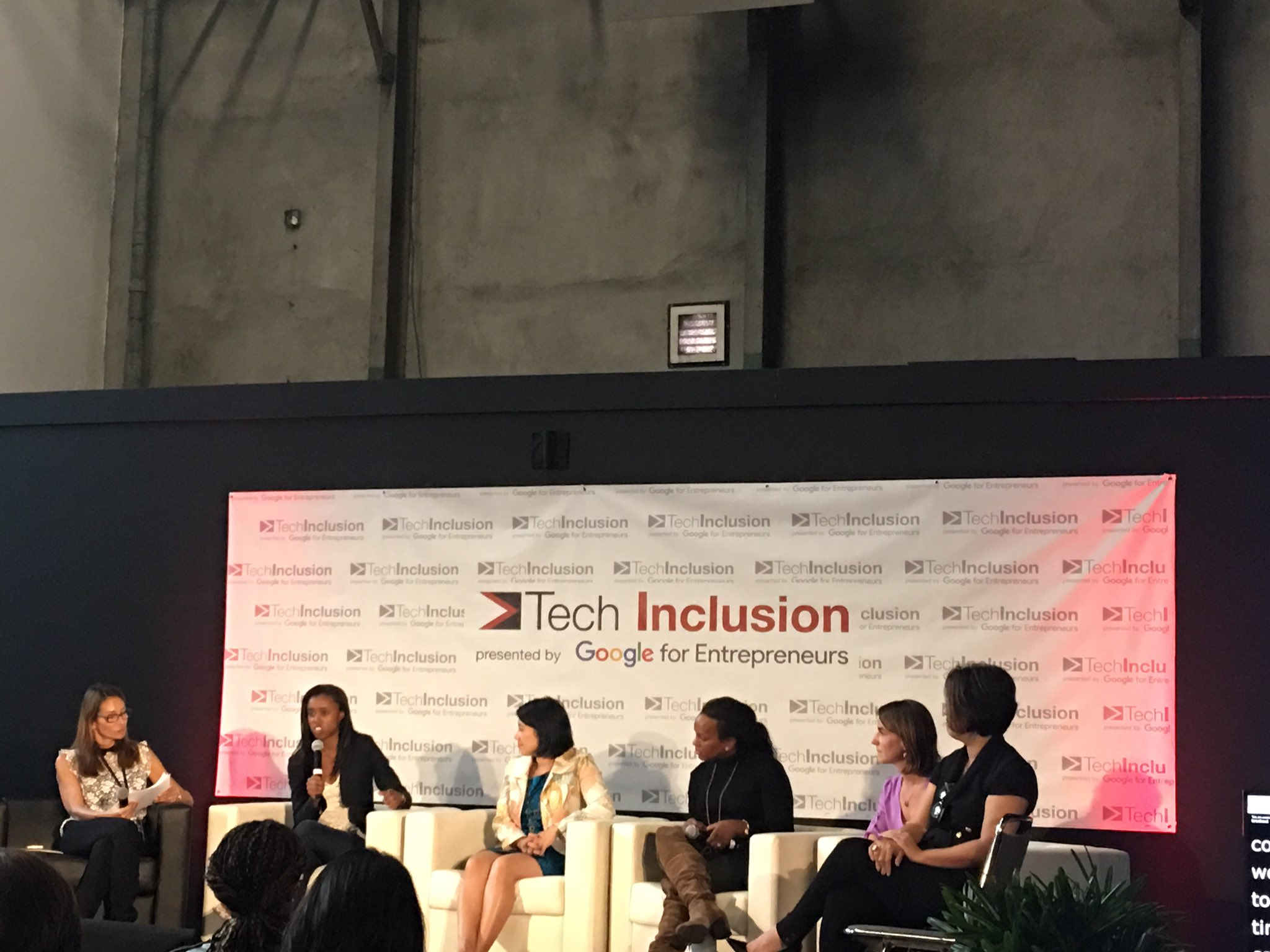 Great words of wisdom from an exciting panel of female founders at #TechInclusion16 #womenintech https://t.co/VX7OnKSLeG