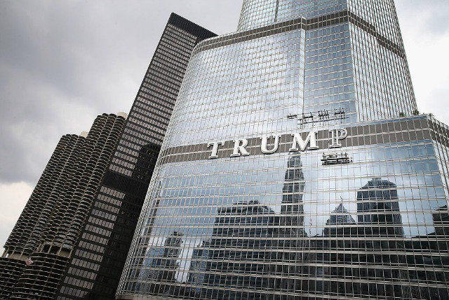 Thousands Say They Will Meet To Point & Laugh At Trump Tower After Election