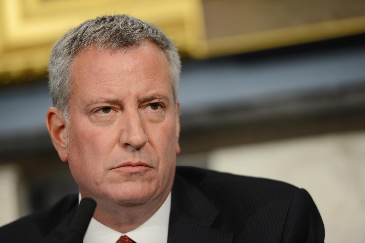 Mayor @BilldeBlasio promises complete cooperation from the city in Eric Garner DOJ probe