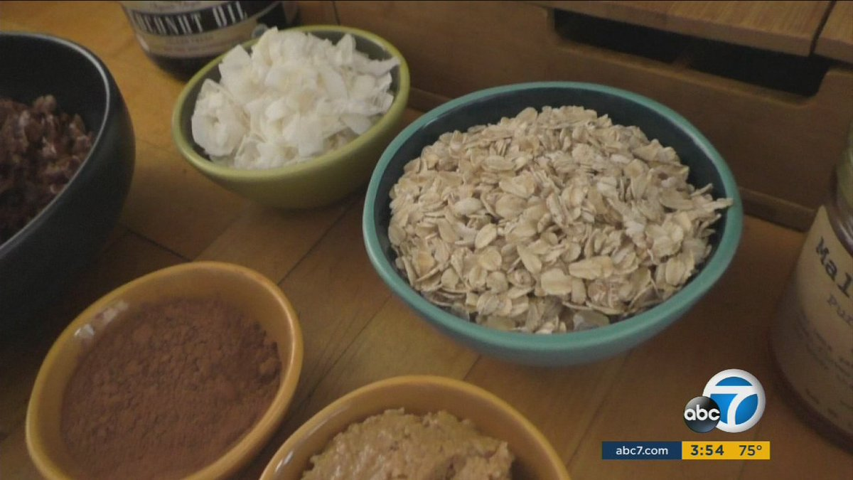 Add fat - the healthy kind - to kids' food for better nutrition, expert advises