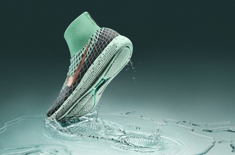 bd03175d2cdcb Nike LunarEpic Flyknit Shield becomes available in November http    sneakerbardetroit.com nike-lunarepic-flyknit-shield-release-date   …pic.twitter.com  ...
