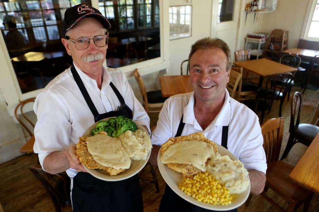 Jeff here, journalist/PR guy in Midland, #Texas ... celebrating Chicken Fried Steak day across the Lone Star State.  #Presbyintersect https://t.co/3zhxEulK3t