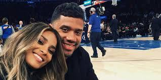 Congrats: Ciara and Russell Anounce They're Expecting https://t.co/F03Du1E4fR https://t.co/kHZxMiRuLi