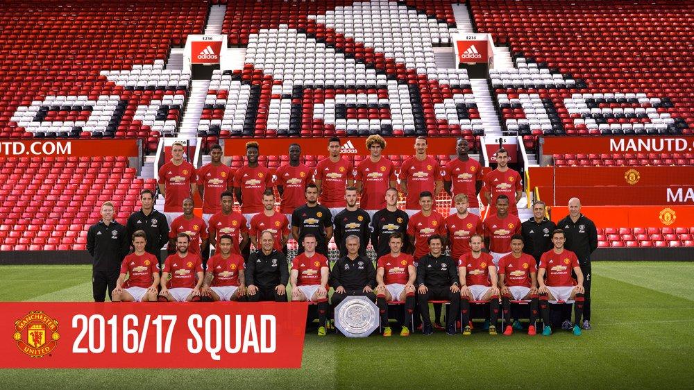 Hilo del Manchester United Cvw0VLRWYAAR6FL