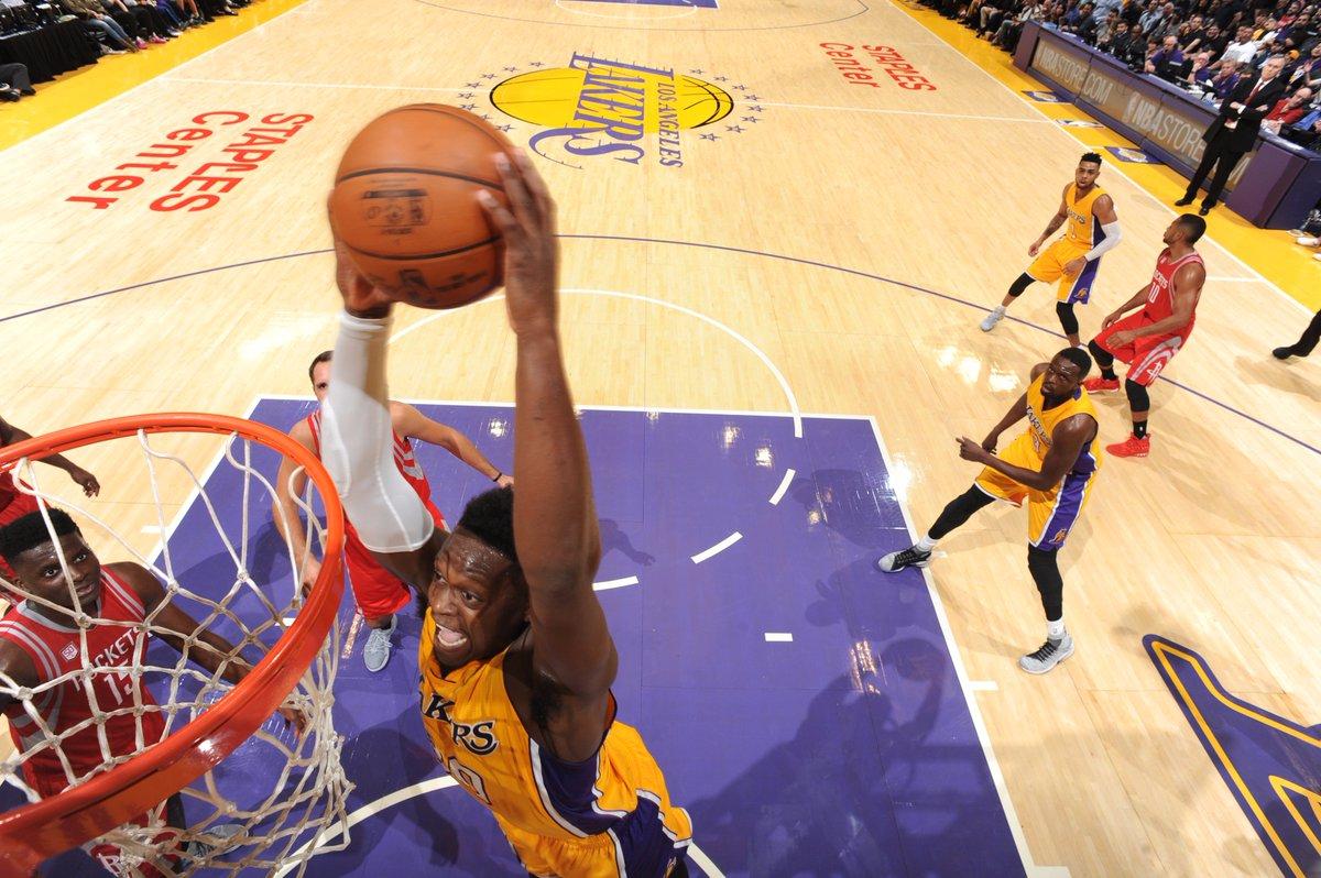 Lakers top Rockets in season opener, Walton wins debut