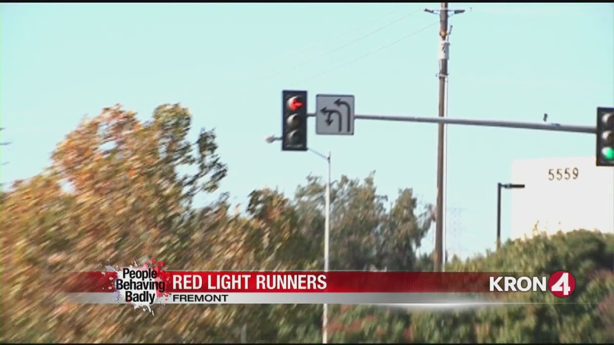 People Behaving Badly: Red light runners in Fremont. @SRobertsKRON4 reports.