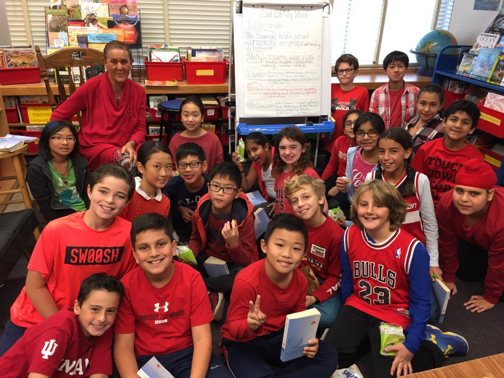 Wearing red for Red Ribbon Week! #seamanstrength https://t.co/o3uXP4SS9g