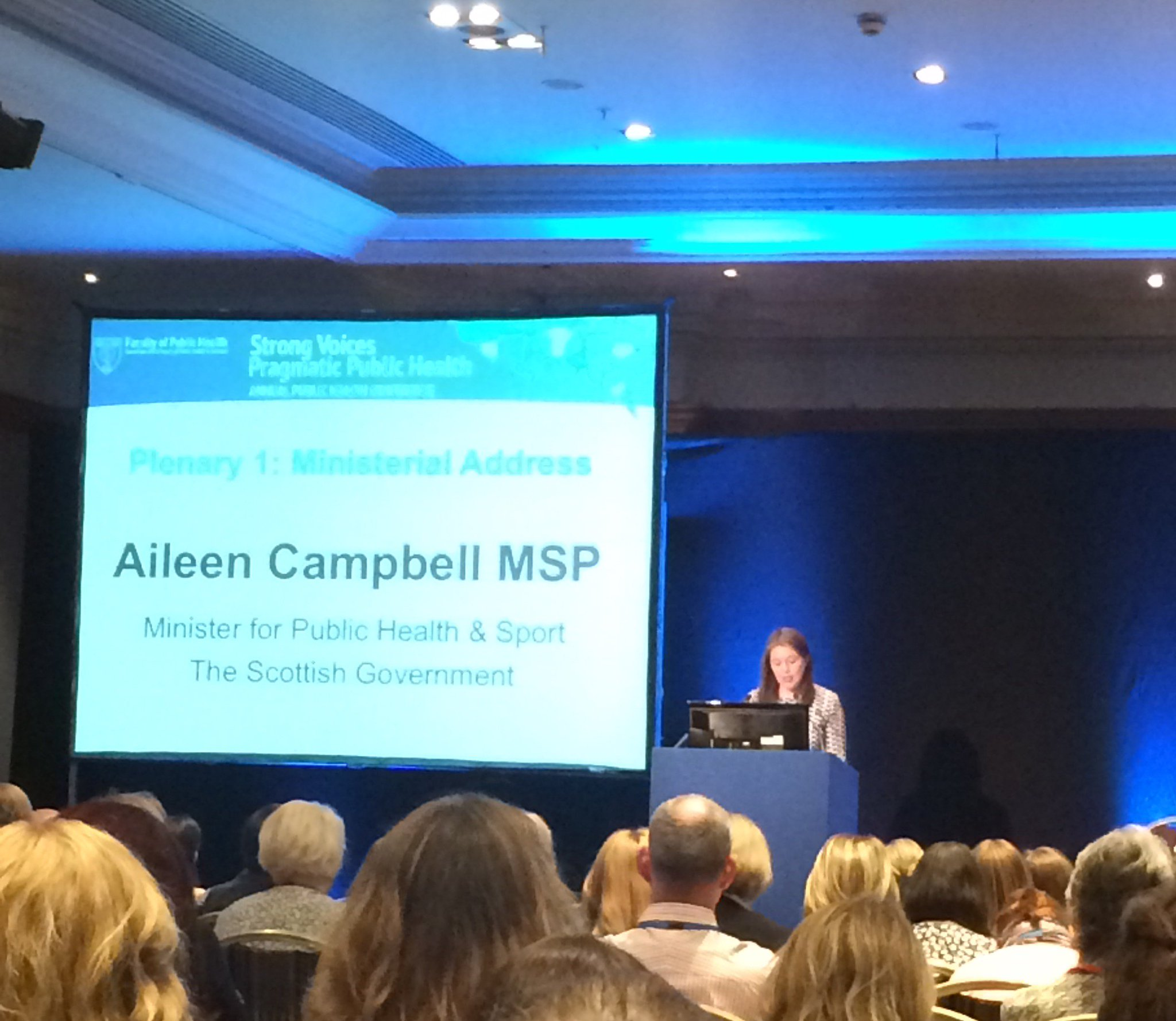 "Powerful introduction at #ScotPublicHealth from @ClydesdAileen - ""We need innovation and to build on great work in Scotland"" https://t.co/XmlcmqmOY8"