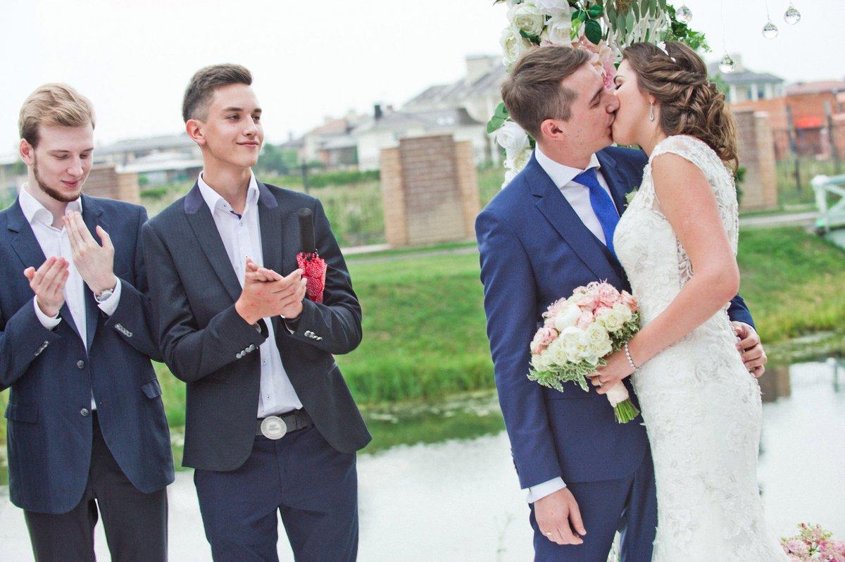 картинки кто такая свидетельница на свадьбе звонил поддерживал её