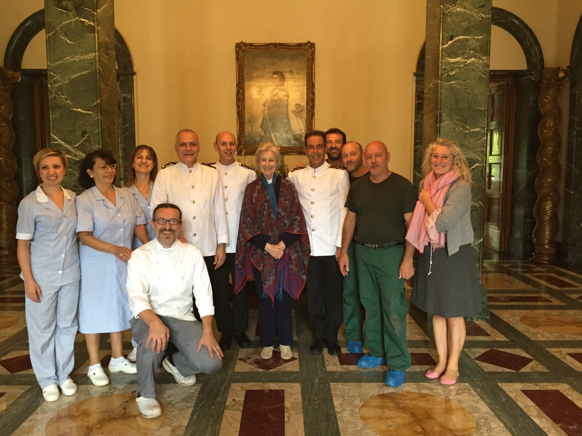 The #VillaWolkonsky staff with HRH Princess Alexandra, at the end of her Rome based programme with @the_bsr! https://t.co/dGNMuNX2r5